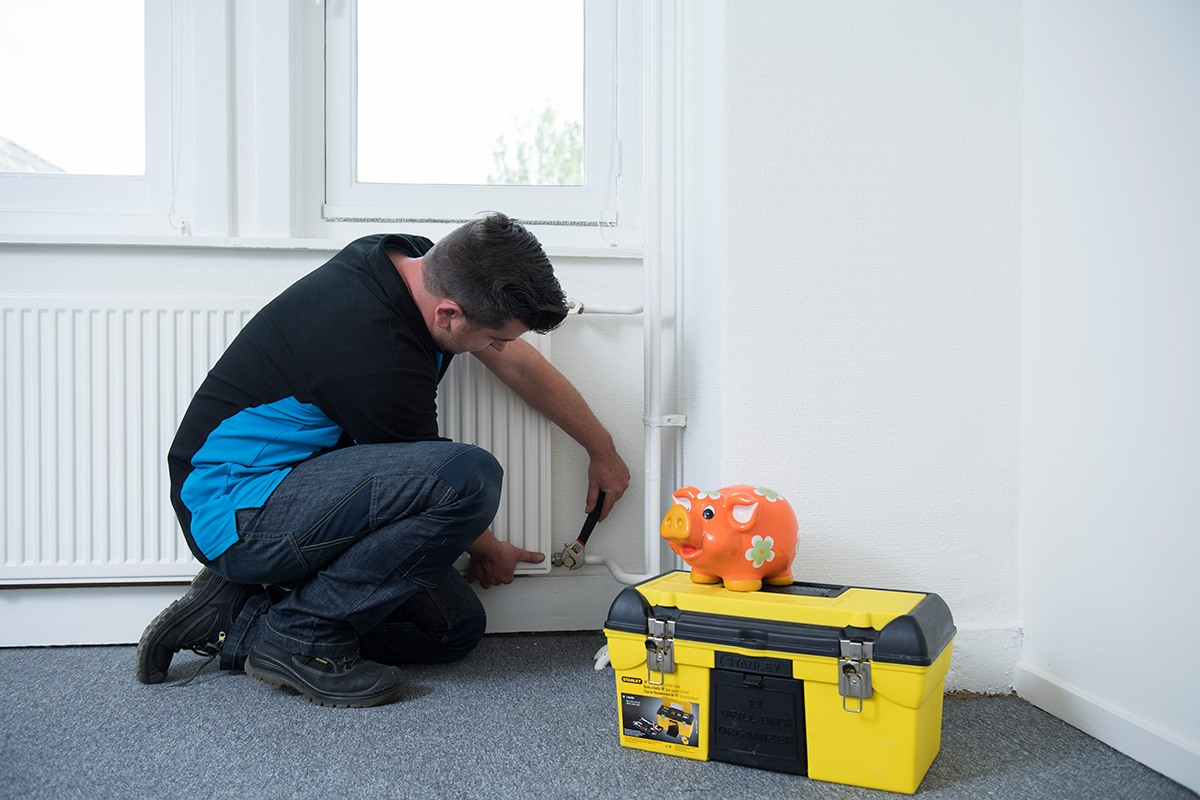 Wat kost een radiator abel co for Wat kost een professionele behanger