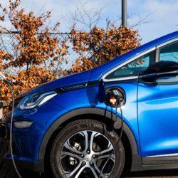 Elektrisch rijden: voorkom verzwaring van je aansluiting met slim energiebeheer